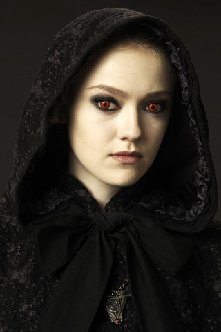 http://idigitalcitizen.files.wordpress.com/2009/11/jane-volturi-hooded-portrait320x480.jpg