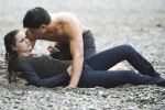 Bella Swan Jacob Black Beachx 480x320