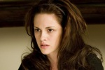 Bella Swan on Carpet1 480x320