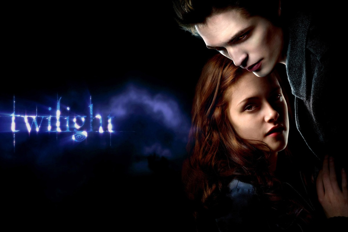 movie analysis new moon from the twilight saga essay 2twilight twilight saga film critique as many know, the twilight saga movies are based on the twilight books written by, stephenie meyer like other books that have been turned into movies, many have speculated if the twilight saga films would live up to the loyal book readers expectations.