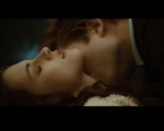 Bella Swan Edward Cullen neck kiss 1280x1024