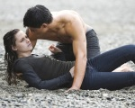 bella swan jacob black beach2 1280x1024