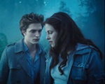 bella swan robert pattinson woods 1280x1024
