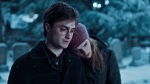 harry-potter-hermione-granger-hp7-snow-walk