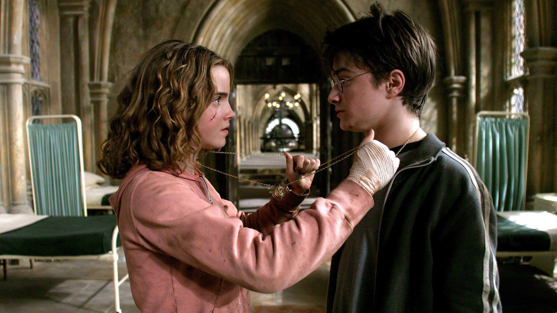 hermione-granger-harry-potter-hp2-medall