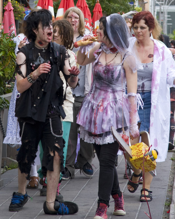 Photos from the 2012 Halifax Zombie Walk (1/6)