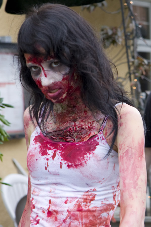 Photos from the 2012 Halifax Zombie Walk (4/6)